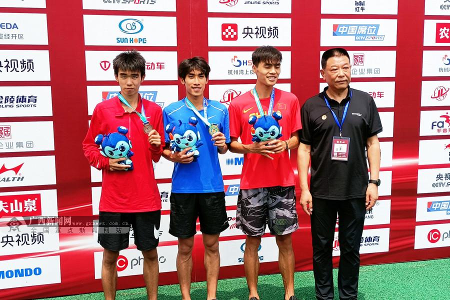 2021全国田径冠军赛首日:刘德助男子1500米摘金